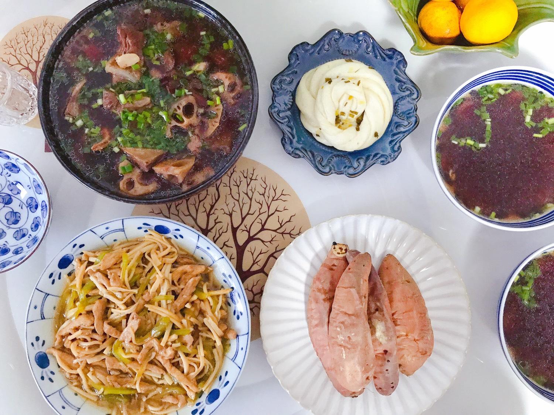 1️⃣3️⃣ 今日晚餐:红枣花生莲藕排
