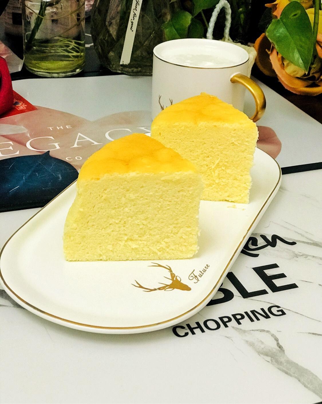 美味的酸奶芝士蛋糕_美味的酸奶芝士蛋糕的做法_美味的酸奶芝士蛋糕的家常做法_美味的酸奶芝士蛋糕怎么做_爱吃菜