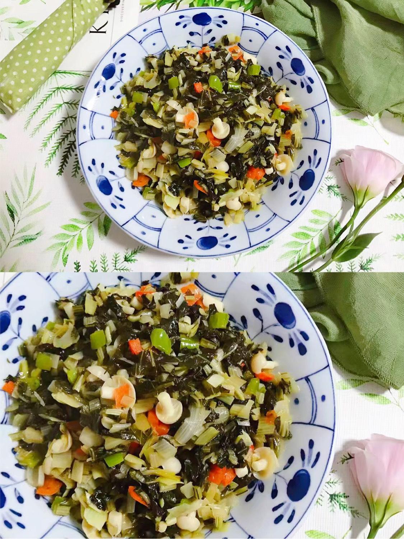 白玉菇杭椒炒腌白菜 今晚老魏说想吃小