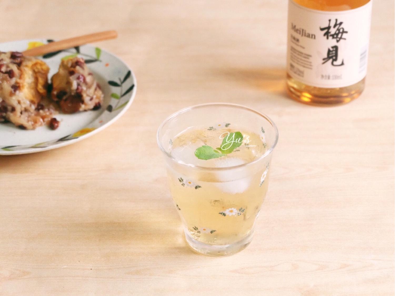 蛋黄鲜肉虾米粽➕青梅酒苏打  粽子成灾的