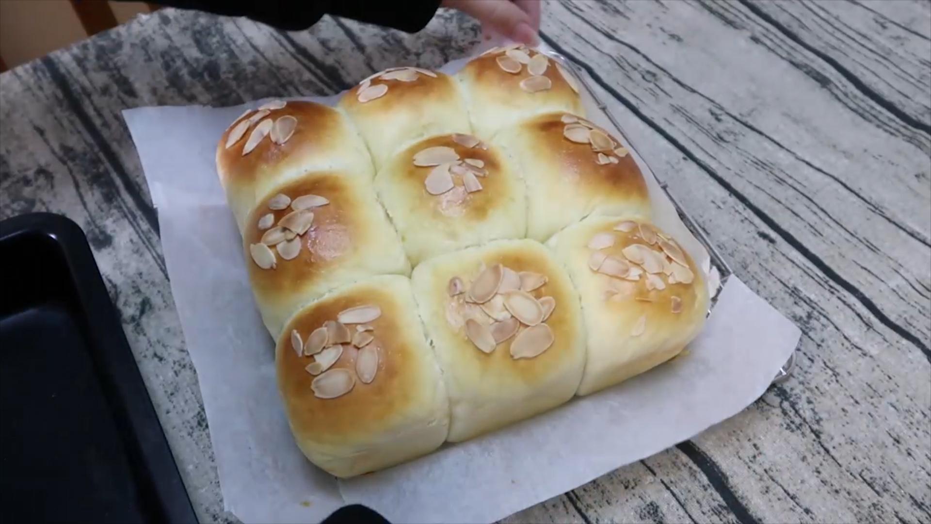 奶油奶酪松软小面包