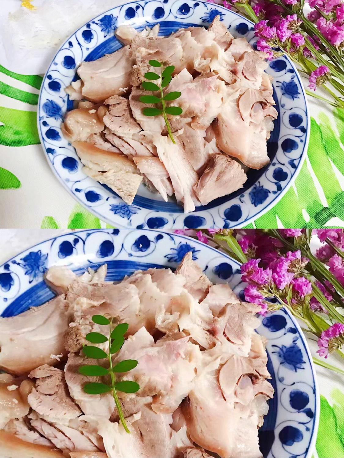 白切肘子+青菜肉汤😋😋😋 好久