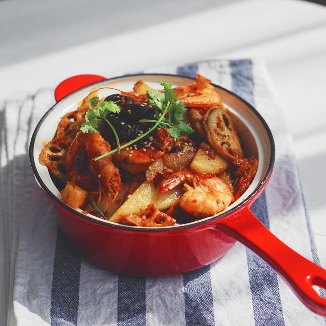 干锅香虾 具体食材: 虾,  藕,