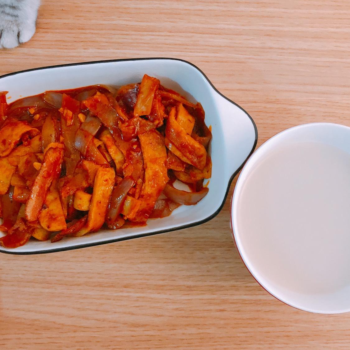 鱼饼的诱惑\uD83D\uDC8B之韩式培根炒鱼饼