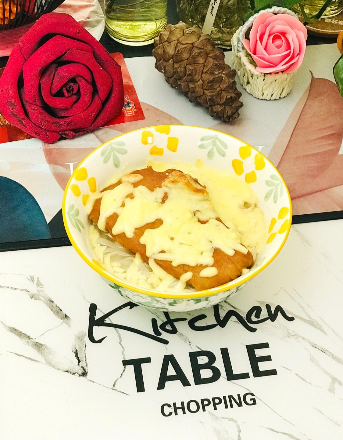 美味的芝士泡面_美味的芝士泡面的做法_美味的芝士泡面的家常做法_美味的芝士泡面怎么做_爱吃菜