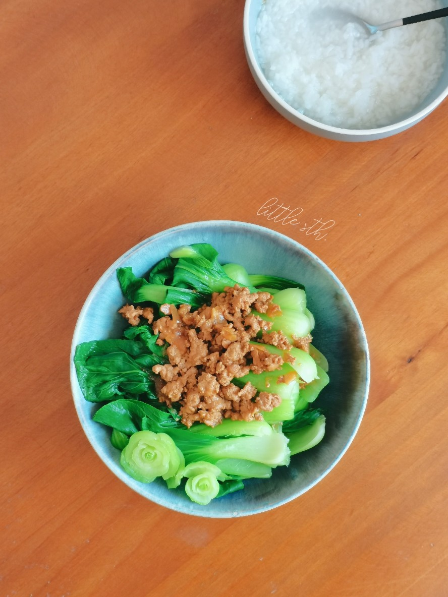 安利好菜:肉燥配青菜