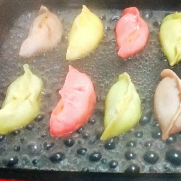 彩色抱蛋煎饺(图6)