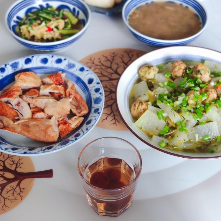 今日晚餐:吴山烤鸡(昨天买了一只,吃