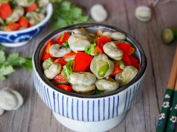 香菜蚕豆瓣