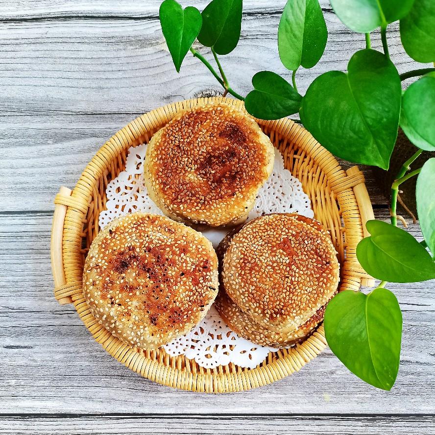 麻酱烧饼_麻酱烧饼的做法_麻酱烧饼的家常做法_麻酱烧饼怎么做_爱吃菜
