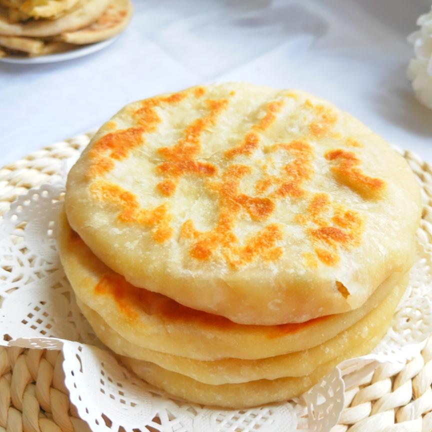 冬天经常白菜不仅润肠通便而且做成馅饼一上餐桌立马一扫而空